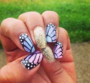 butterfly nail